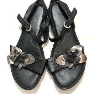 BORN leather Black Sandals shoes flats size 11